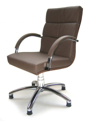 Orion executive meeting chair with swivel base