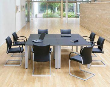 Chameleon square tables
